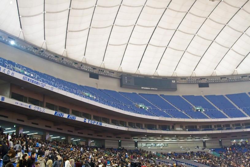 巨人の本拠地の東京ドーム